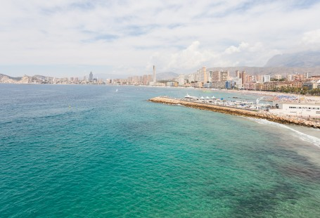 Poniente Beach Guide – Benidorm Holidays in Spain