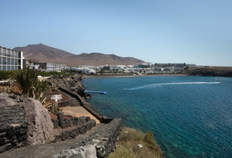 Dorada Beach Guide – Lanzarote Holidays