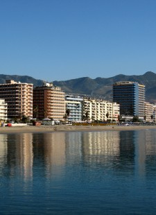 Spencer's Fuengirola Beach Guide with On the Beach