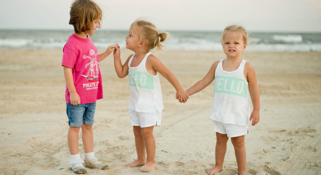 keep toddlers active on the beach
