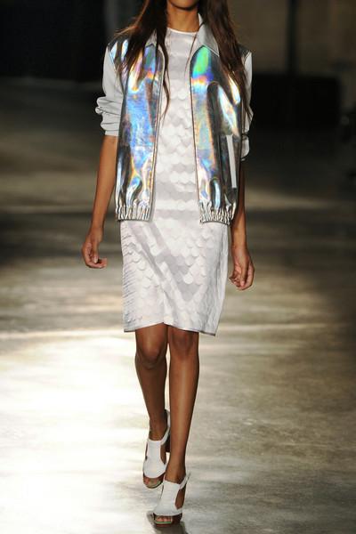 jonathan-saunders-silver-aaron-metallic-bomber-jacket-product-2-7912224-599536922_large_flex