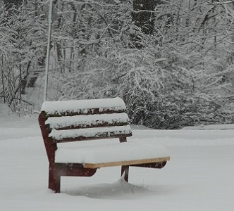 bench-in-winter