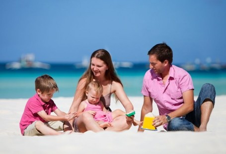 First Family Holidays: Eight Do's and Don'ts