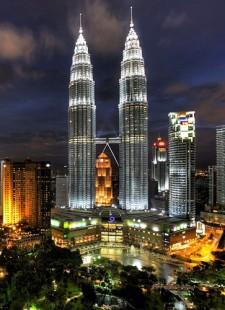 Staff trip to… Dubai/Kuala Lumpur