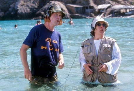 Beach Scene – Kevin and Perry Go Large