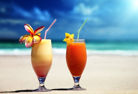 Tenerife cocktail masterclass: 3 tropical recipes