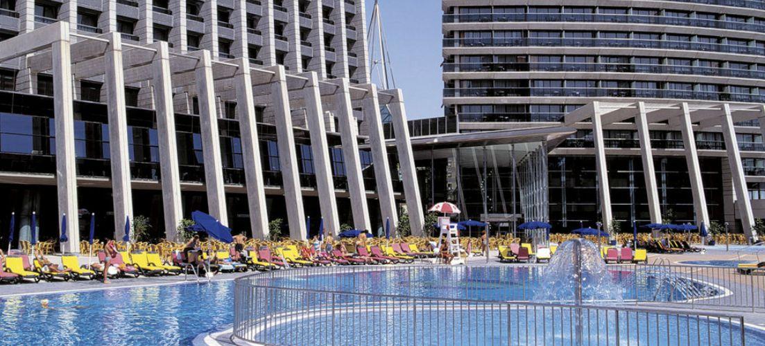 Gran Hotel Bali in Benidorm pool area
