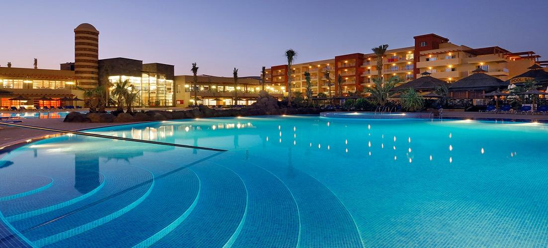 The popular Elba Carlota Beach Hotel, Caleta De Fuste