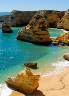 Algarve all-year-round: a seasonal look