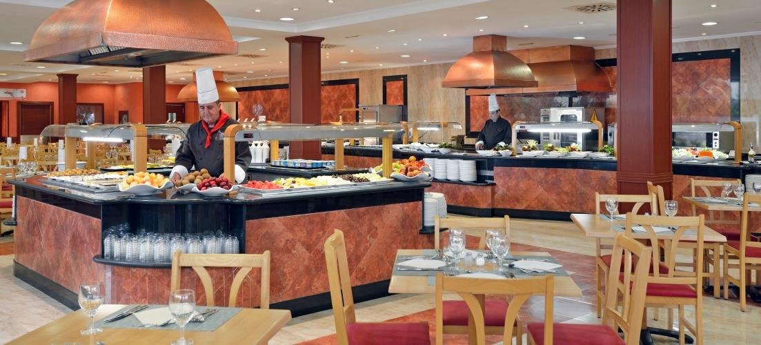 Restaurants at Sol Pelicanos Hotel in Benidorm