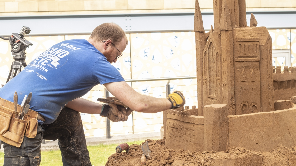 Top tips for building a sandcastle