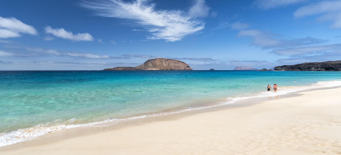 things to do in lanzarote la graciosa