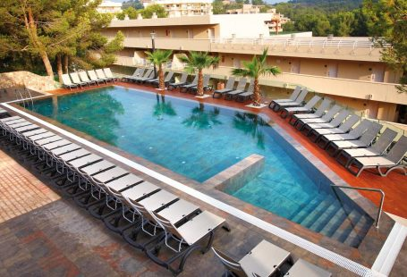 Last-minute Balearics breaks with Barcelo