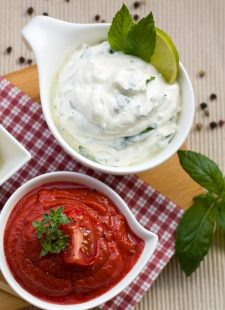 How to make Greek tzatziki at home