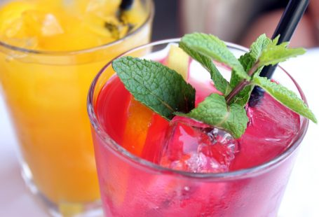Which cocktail matches your favourite holiday destination?